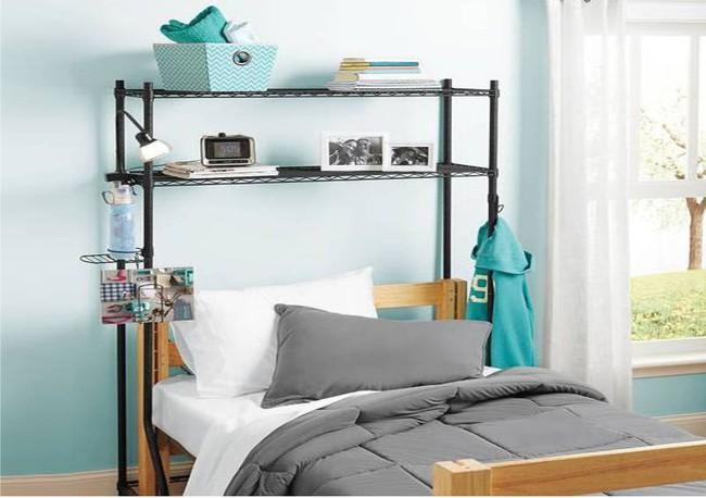 4 ý tưởng lưu trữ tối đa cho phòng ngủ vừa đẹp vừa gọn gàng - Ảnh 6.