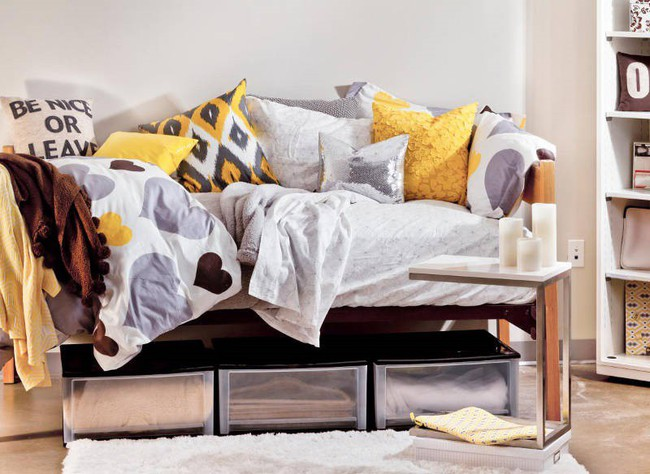 4 ý tưởng lưu trữ tối đa cho phòng ngủ vừa đẹp vừa gọn gàng - Ảnh 9.