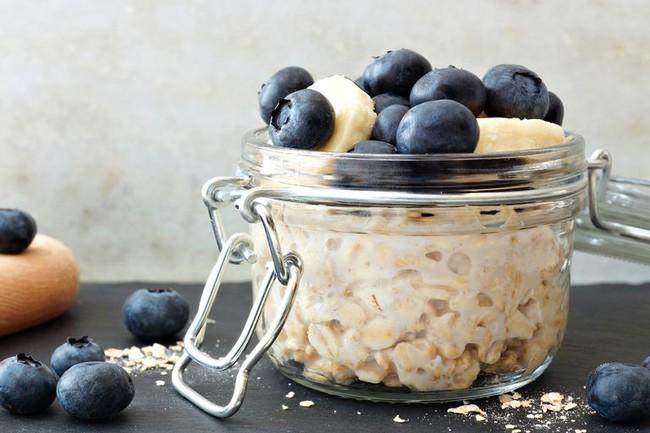 Không cần thuốc, bổ sung 10 loại thực phẩm này sẽ giúp giảm cholesterol tự nhiên và hiệu quả - Ảnh 2.