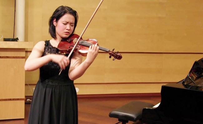 Thần đồng violin Đỗ Phương Nhi về nước biểu diễn chào năm mới ở Hà Nội - Ảnh 2.