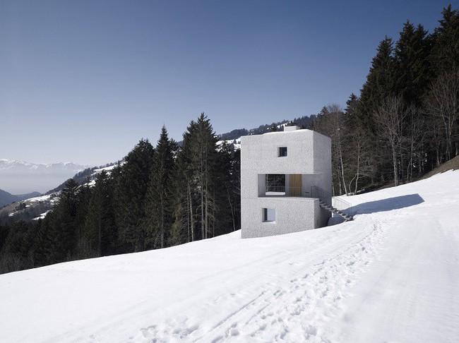 15 công trình kiến trúc nhà ở đáng kinh ngạc nằm cheo leo trên vách núi, số 14 thách thức những người sợ độ cao - Ảnh 2.