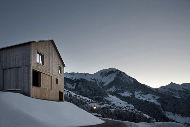 15 công trình kiến trúc nhà ở đáng kinh ngạc nằm cheo leo trên vách núi, số 14 thách thức những người sợ độ cao - Ảnh 3.