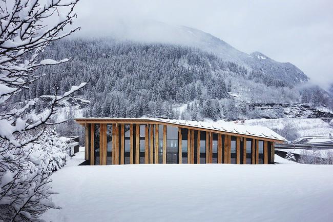 15 công trình kiến trúc nhà ở đáng kinh ngạc nằm cheo leo trên vách núi, số 14 thách thức những người sợ độ cao - Ảnh 7.