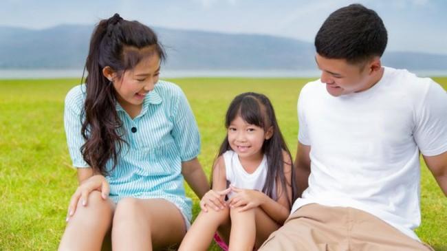 Trước 12 tuổi, cha mẹ nhất định phải nói với con 8 câu đáng giá này, trẻ sẽ sớm thành công, hạnh phúc - Ảnh 1.