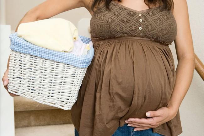 Trong thời kỳ mang thai, mẹ bầu nên cẩn thận 3 hành vi này bởi có thể gây ra tình trạng co thắt tử cung - Ảnh 2.