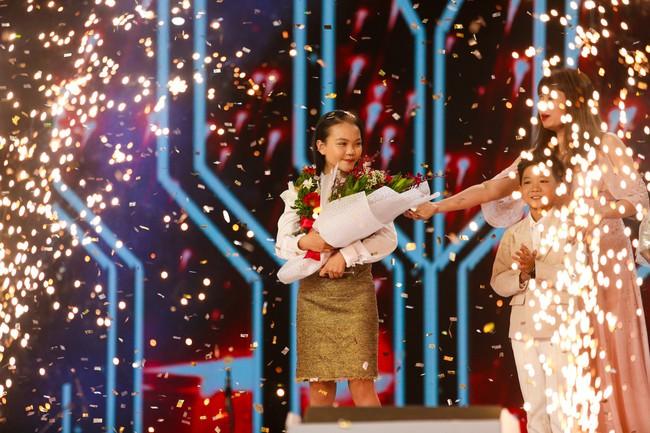 Học trò Giang - Hồ lên ngôi Quán quân The Voice Kids 2018, mang về chiến thắng thứ 3 cho cặp đôi HLV - Ảnh 1.