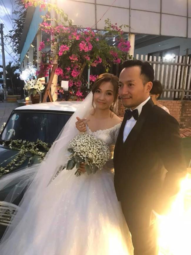 Gia đình Tiến Đạt nói gì về cô gái vừa thế chân Hari Won về làm dâu? - Ảnh 3.