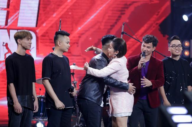 Mỹ Linh tuyên bố đoạn tuyệt tình cảm với Phương Uyên trong tập đầu Ban nhạc Việt mùa 2 - Ảnh 3.