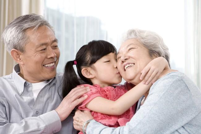 Nói yêu vô điều kiện, nhưng dường như cha mẹ chưa từng thôi mong cầu và đặt gánh nặng báo đáp lên vai con - Ảnh 8.