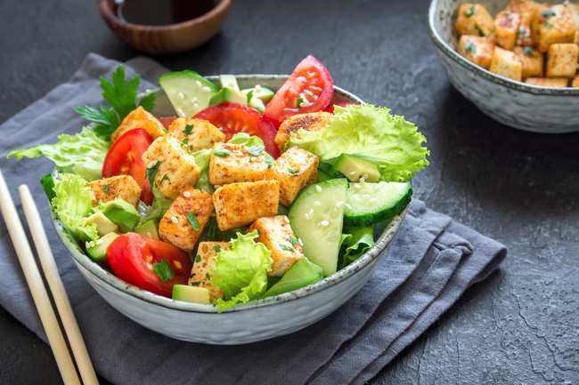 6 chất dinh dưỡng quan trọng thường bị thiếu trong chế độ giảm cân của bạn - Ảnh 4.