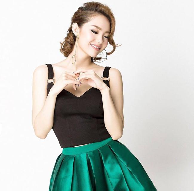 Minh Hằng chính thức lên tiếng về chiếc nhẫn kim cương được đồn đoán là nhẫn đính hôn - Ảnh 2.