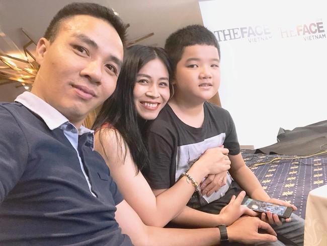 Chồng sắp cưới rất yêu thương con riêng của Hoàng Linh, còn nữ MC đối xử với con riêng của Mạnh Hùng như thế nào? - Ảnh 7.