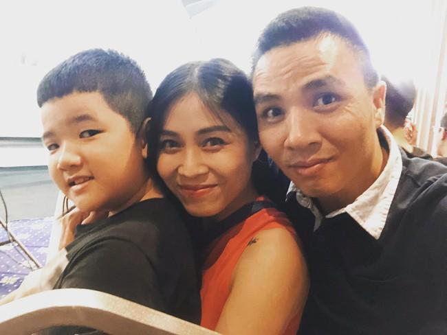 Chồng sắp cưới rất yêu thương con riêng của Hoàng Linh, còn nữ MC đối xử với con riêng của Mạnh Hùng như thế nào? - Ảnh 6.