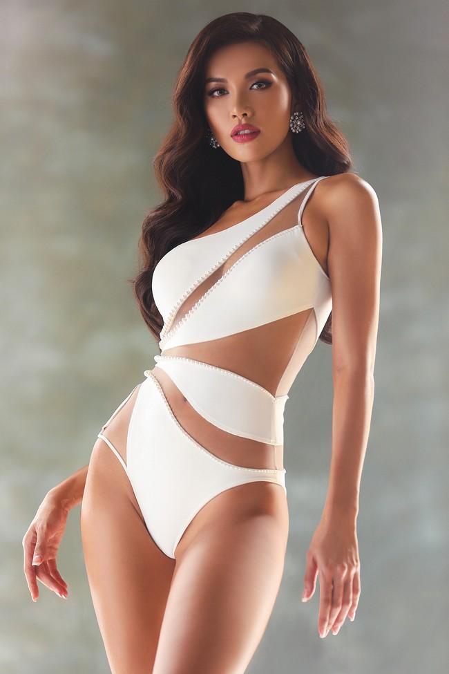 Minh Tú khiến fan náo loạn với loạt ảnh bikini trước Chung kết Miss Supranational - Ảnh 10.