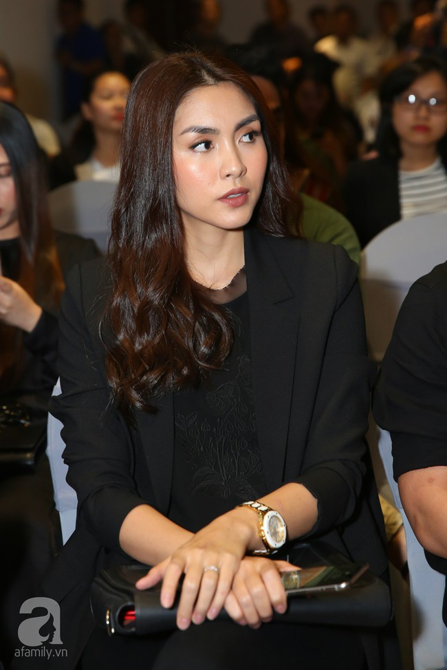 Chính thức quay lại showbiz sau 6 năm theo chồng bỏ cuộc chơi, Tăng Thanh Hà xuất hiện đẳng cấp và sang trọng - Ảnh 6.