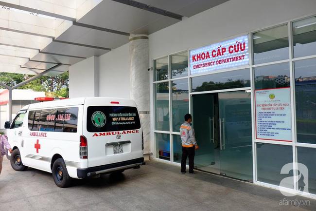 Bé gái nặng 4kg nhưng cho sinh thường ở Bình Thuận bị tổn thương thần kinh cánh tay và hôn mê - Ảnh 1.