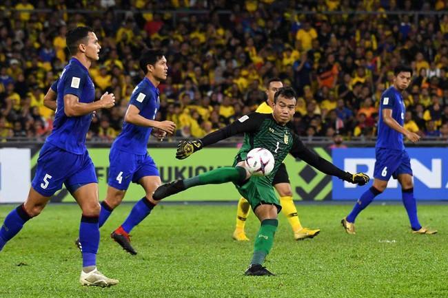 Hậu chiến thắng, tuyển Malaysia trả thù cực gắt thủ môn Thái Lan vì phát ngôn kiêu ngạo: Gọi tên Chatchai trong cơn ác mộng - Ảnh 2.