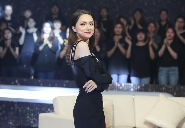 Người ấy là ai?: Hương Giang muốn từ chức Hoa hậu vì để lọt quá nhiều chàng trai màu tím - Ảnh 4.