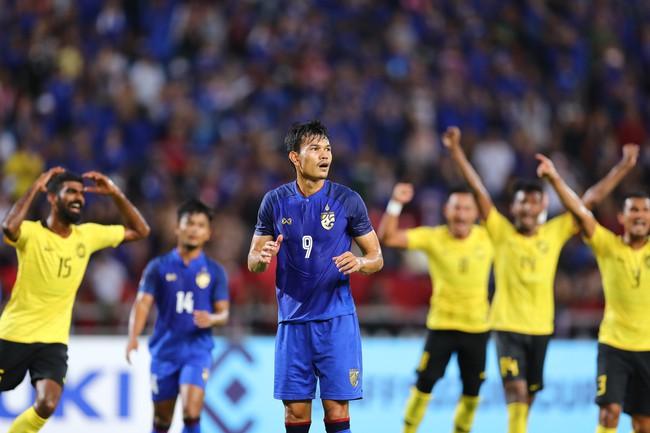 Tiên tri Malaysia thua trận, nhiều công ty mở bán tour cho người hâm mộ xem chung kết AFF Cup 2018 tại... Thái Lan - Ảnh 1.