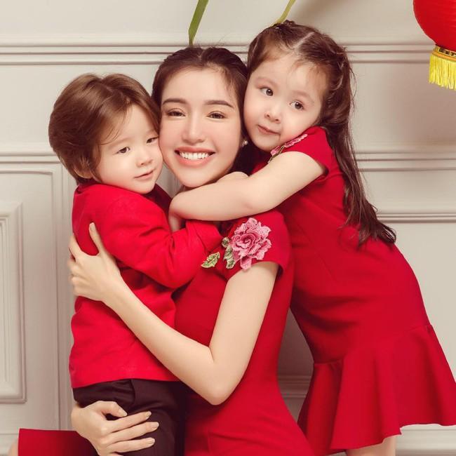Clip: Con gái Elly Trần trổ tài thuyết phục mẹ cực khéo léo và dễ thương - Ảnh 3.