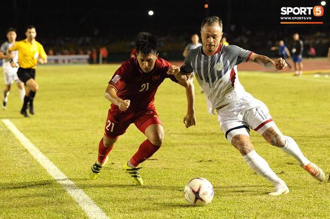 Phá dớp Mỹ Đình hạ Philippines, đội tuyển Việt Nam vào chung kết AFF Cup sau 10 năm chờ đợi - Ảnh 1.