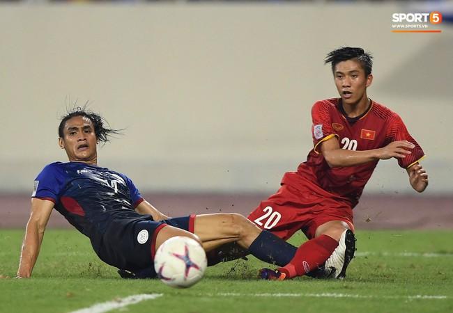 Quang Hải tái hiện bàn thắng lịch sử của tiền bối, lộ dấu hiệu vô địch như AFF Cup 2008 - Ảnh 2.
