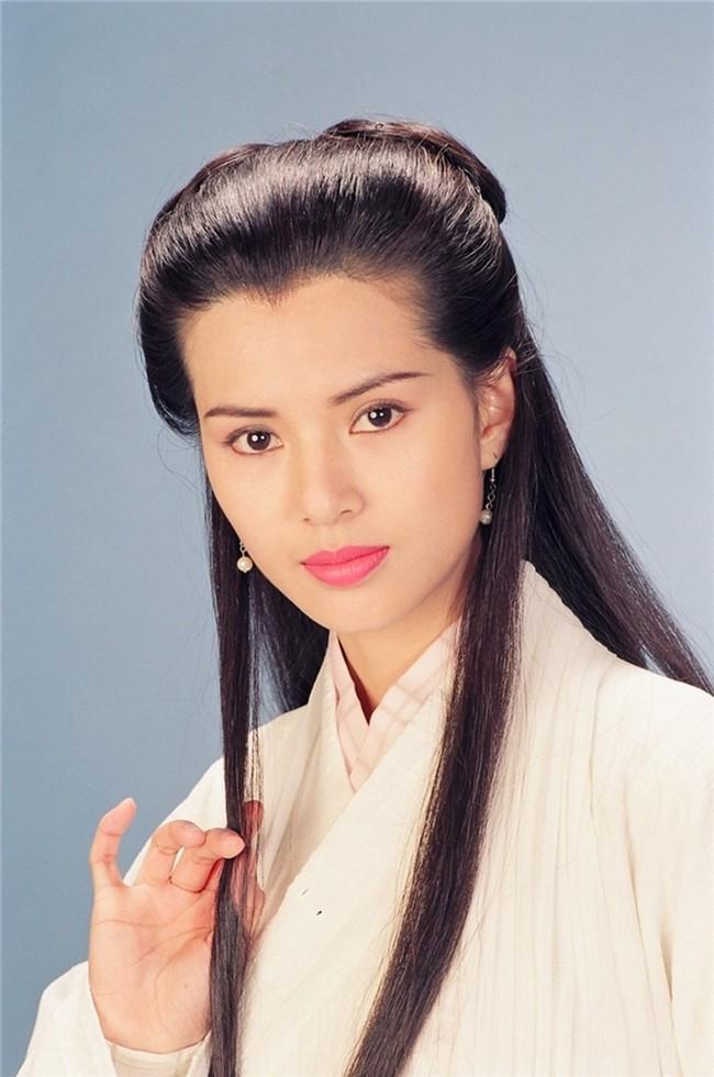 Muôn kiểu đu dây của Tiểu Long Nữ qua từng phiên bản: Ấn tượng nhất vẫn là Cô Cô của Vu Chính! - Ảnh 9.