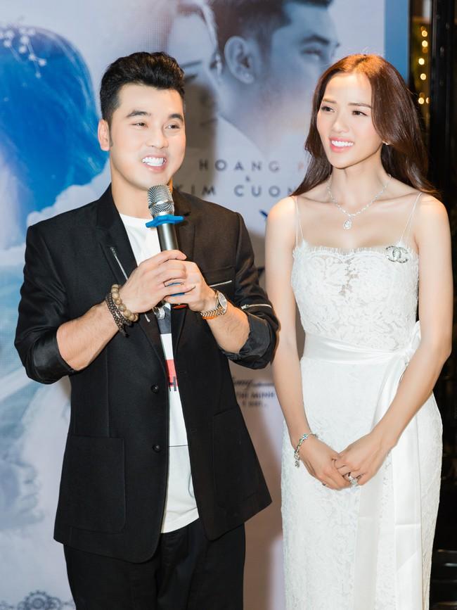 Hậu lễ cưới đầy lãng mạn, Ưng Hoàng Phúc tung ca khúc mới dành tặng bà xã Kim Cương - Ảnh 4.