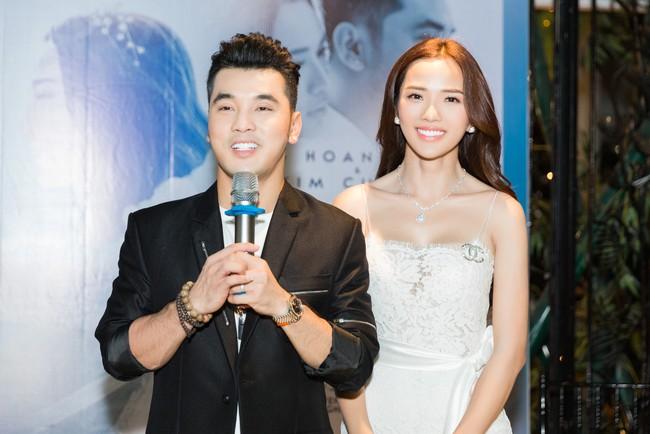 Hậu lễ cưới đầy lãng mạn, Ưng Hoàng Phúc tung ca khúc mới dành tặng bà xã Kim Cương - Ảnh 5.