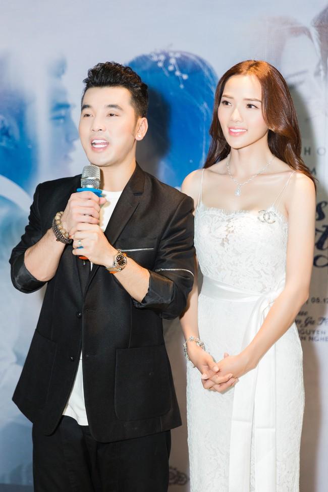 Hậu lễ cưới đầy lãng mạn, Ưng Hoàng Phúc tung ca khúc mới dành tặng bà xã Kim Cương - Ảnh 6.