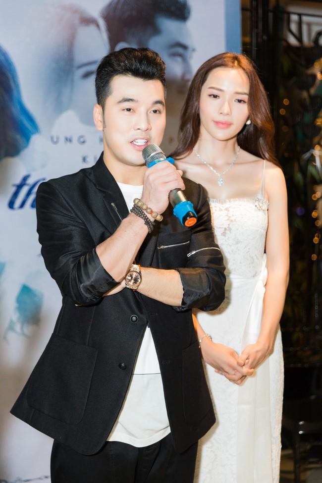 Hậu lễ cưới đầy lãng mạn, Ưng Hoàng Phúc tung ca khúc mới dành tặng bà xã Kim Cương - Ảnh 1.
