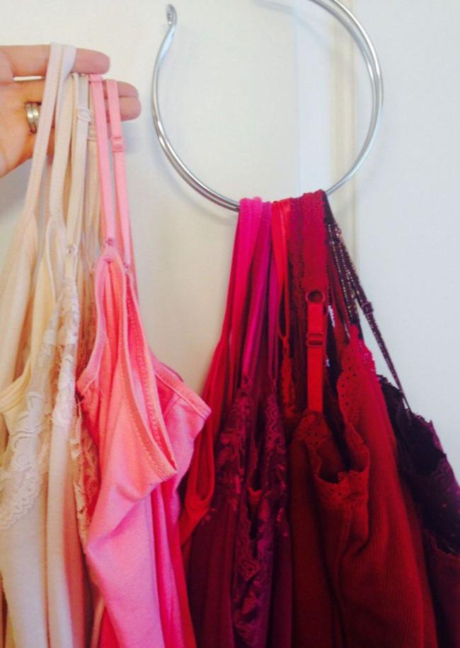 Những lời khuyên hữu ích cho vấn đề muôn thủa: Tủ quần áo trong phòng ngủ chật - Ảnh 21.