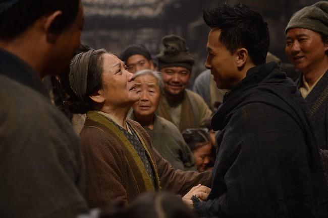 Huyền thoại võ thuật Chân Tử Đan hóa soái ca xuyên không trong Người Băng 2 - Ảnh 7.