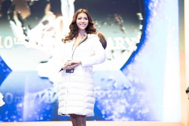Minh Tú nổi bật trên sân khấu tổng duyệt Chung kết Miss Supranational 2018 - Ảnh 5.