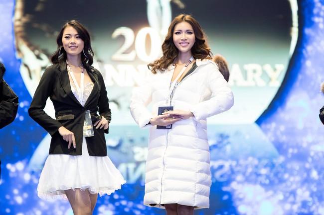 Minh Tú nổi bật trên sân khấu tổng duyệt Chung kết Miss Supranational 2018 - Ảnh 7.
