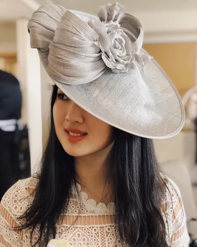 Con gái út ông trùm Huawei: Đã xinh đẹp còn học trường Harvard danh tiếng, mê viết code không kém gì ba lê và thời trang - Ảnh 7.