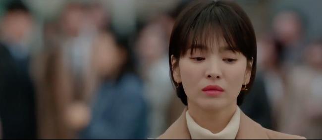 Sau khi nói nhớ Song Hye Kyo, Park Bo Gum tiếp tục gây sốc khi rủ cô ăn mỳ trước cả công ty - Ảnh 1.