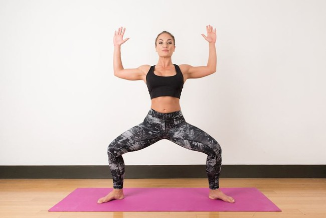 Tư thế yoga giúp tăng cường ham muốn, ai muốn cải thiện chuyện chăn gối hãy thử ngay - Ảnh 4.