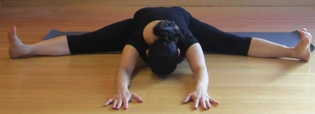Tư thế yoga giúp tăng cường ham muốn, ai muốn cải thiện chuyện chăn gối hãy thử ngay - Ảnh 7.