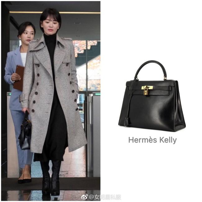 """Song Hye Kyo lại khiến dân tình choáng ngợp với """"kho"""" đồ hiệu, chỉ riêng túi đã hơn 1 tỷ đồng trong phim mới - Ảnh 5."""