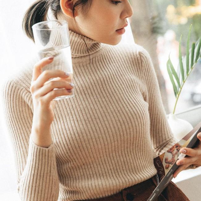 Buồn nhất là khi áo len bị bai rão, xù lông nhưng với 5 tips sau thì bạn sẽ diện chúng được vài năm nữa - Ảnh 1.