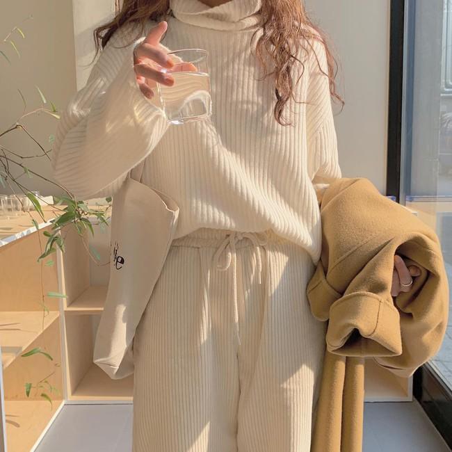 Buồn nhất là khi áo len bị bai rão, xù lông nhưng với 5 tips sau thì bạn sẽ diện chúng được vài năm nữa - Ảnh 2.