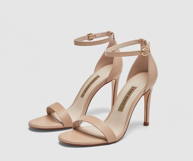 Hack dáng tuyệt đỉnh, chẳng trách Bích Phương, Ngọc Trinh cho đến Angela Baby, Dương Mịch… đều đang mê mẩn mẫu sandals này - Ảnh 11.