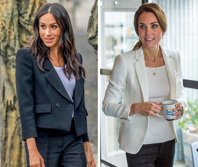 12 kiểu trang phục đơn giản mà sang trọng được hai Công nương Hoàng gia Anh ưa chuộng, chị em hoàn toàn có thể học hỏi - Ảnh 6.