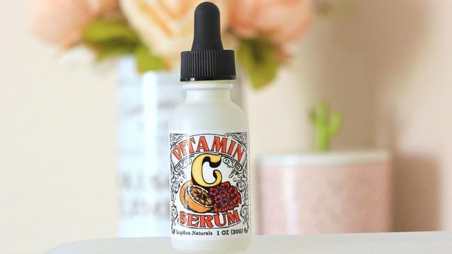 Giá không quá 460 nghìn, nhưng 8 lọ serum Vitamin C này lại có cả nghìn lượt đánh giá trên Amazon vì hiệu quả xuất sắc - Ảnh 9.