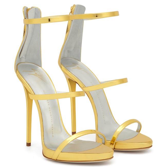 Hack dáng tuyệt đỉnh, chẳng trách Bích Phương, Ngọc Trinh cho đến Angela Baby, Dương Mịch… đều đang mê mẩn mẫu sandals này - Ảnh 7.