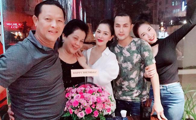 Sau 1 năm lấy chồng, Trang Pilla chị dâu Bảo Thy ngày càng xinh đẹp, quyến rũ - Ảnh 4.