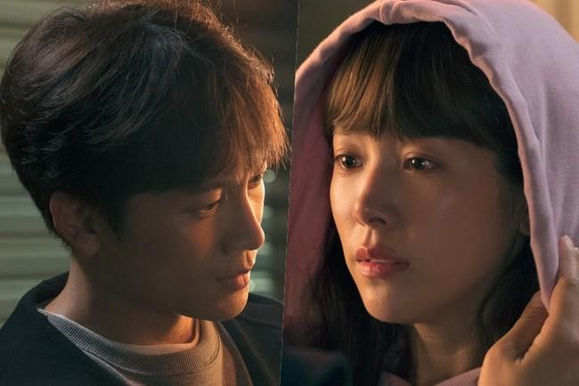 Nụ hôn đầu tiên của Ji Sung - Han Ji Min lên sóng nhưng fan lại gọi hồn Lee Bo Young - Ảnh 1.