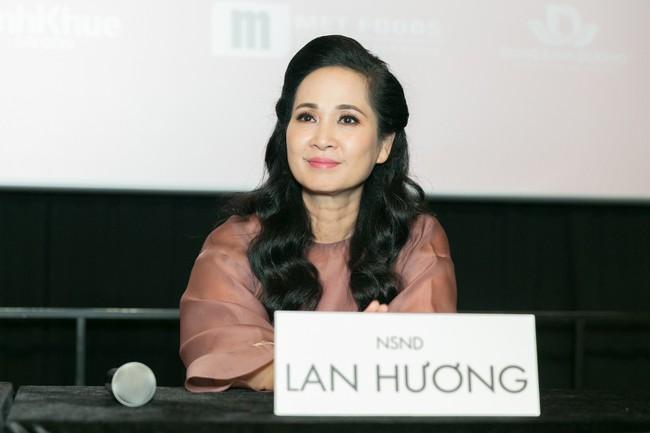 Trở thành vợ của Kiều Minh Tuấn, An Nguy bật khóc ngay trong họp báo  - Ảnh 6.