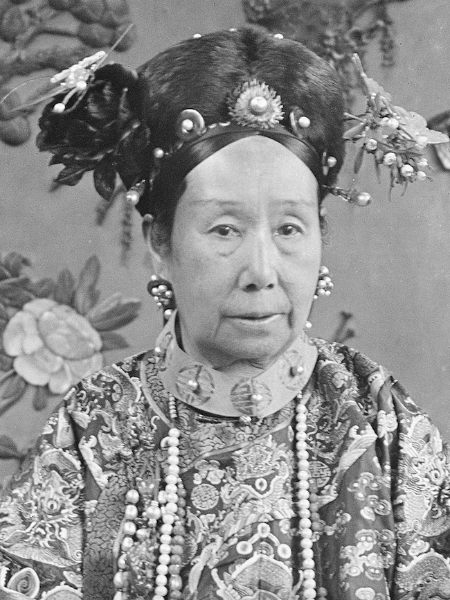 Bi kịch cuộc đời hoàng đế Trung Hoa duy nhất mắc bệnh tình dục: Không con cái nối dõi lại bị mẹ ruột ép chết trong tức tưởi - Ảnh 2.